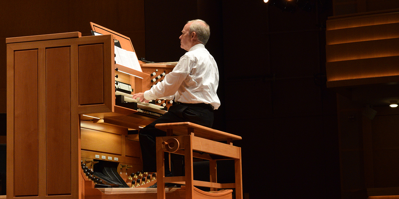 Free Farmers' Market Organ Concert presented by the Madison Symphony Orchestra
